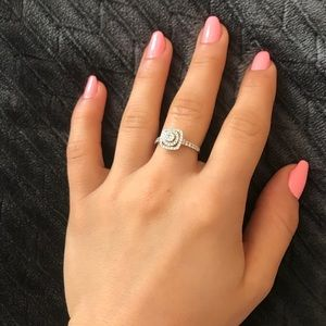 Jewelry - Silver Fancy and Elegant Ring